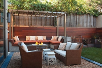 Outdoor Lounge Area with Fire Pit